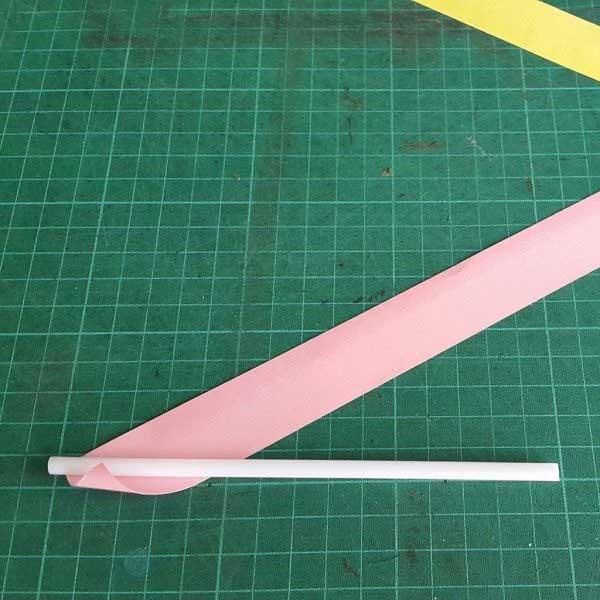tạo hình ống hút giấy