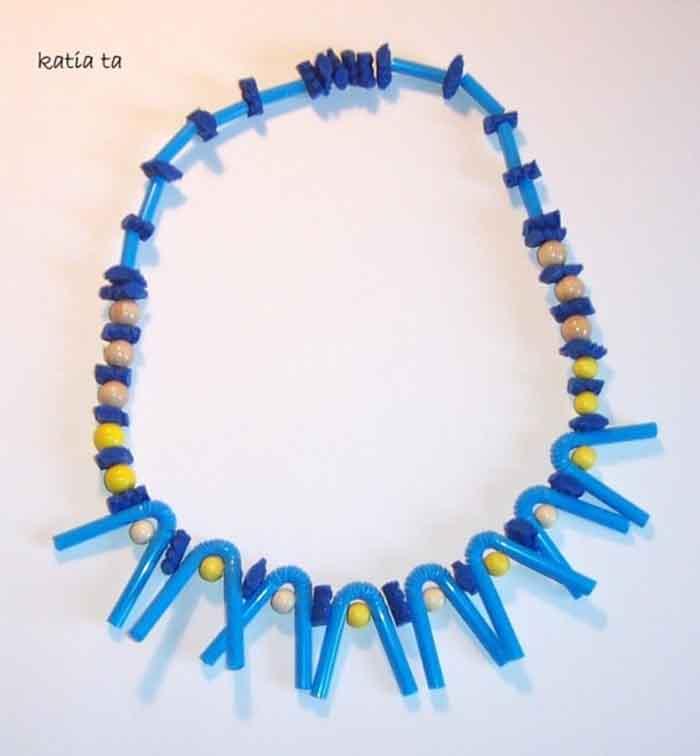 Thời trang tái chế bằng ống hút siêu đẹp